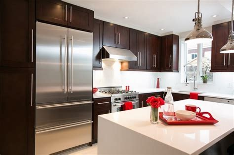 Shaker Style Kitchen Cabinet   Contemporary   Kitchen