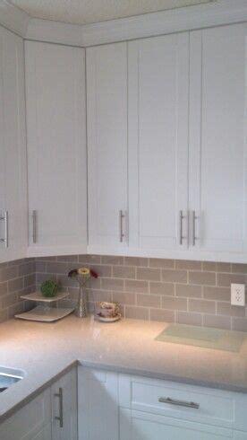 Old kitchen colours on Pinterest   Glass Backsplash