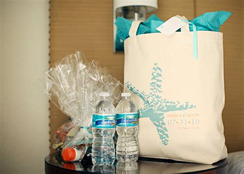 58 Canvas Welcome Bags, What Mimi Writes