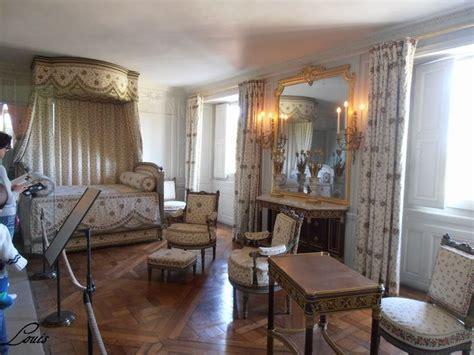 chambre de antoinette petit trianon rez de chaussée et premier etage pt1