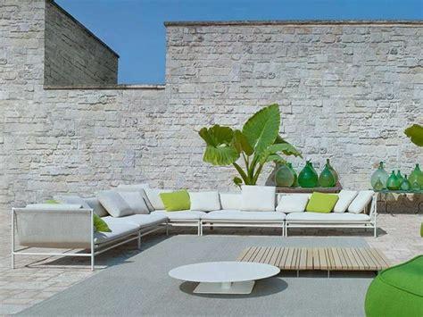 canap ext rieur le canapé de jardin embellit votre espace extérieur