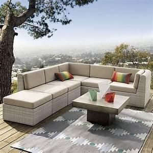 tapis d39exterieur en 50 idees originales de motifs et couleurs With tapis exterieur avec canape d angle resine tressee
