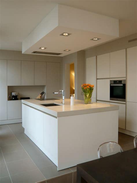 kitchen worktop lights white handleless kitchens true handleless kitchens co uk 3523