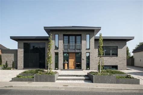 Moderne Häuser Mit Klinker by Repr 228 Sentativ Und Modern Klinker Im Langformat