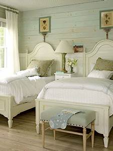 Childrens cottage bedroom ideas redesignedinteriors for Cottage style twin beds