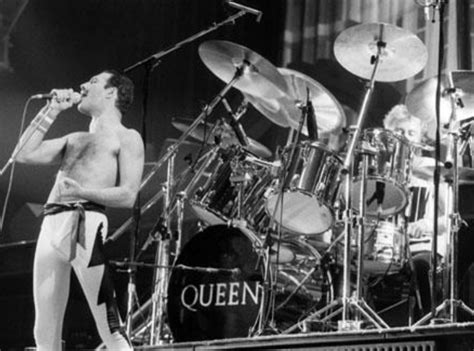 Seven Seas Of Rhye  Queen (1974)  Every Song We Could