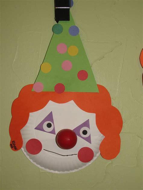 best 25 carnival crafts ideas on 746 | d1ebaec387f58a8903b4f8e3ab3acbcf preschool shape activities preschool crafts