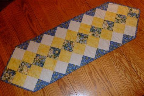 simple table runner patterns table runner new 132 free quilted table runner patterns