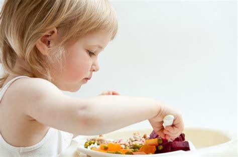 cuisiner pour bebe 10 aliments 224 cuisiner pour les b 233 b 233 s allergiques
