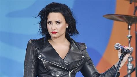 Demi Lovato Gets Candid About Sobriety: 'I Didn't Think I ...