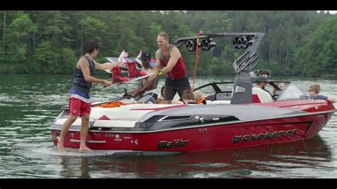 Malibu Boats Youtube by 2017 Malibu Boats 23 Lsv Youtube