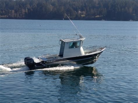 Aluminum Boats With Pilot House by Research 2014 Silver Streak Boats 21 Pilot House On