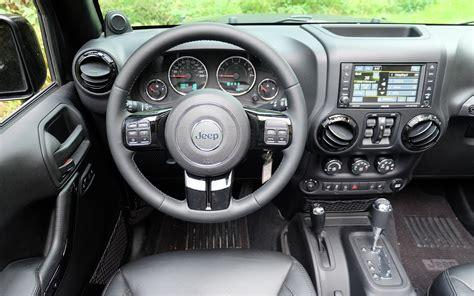 l int 233 rieur du jeep wrangler unlimited galerie photo 4 21 le guide de l auto