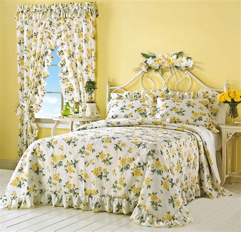 Floral Bedspreads by Yellow Floral Bedspread Bedding Ebay