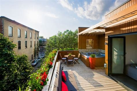 Residence With Charming Terrace by Charming Montreal Residence Showcases An Exquisite Terrace