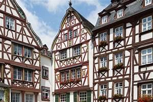 Häuser In Deutschland : mittelalterliche h user in bernkastel deutschland stockfoto bild 27517676 ~ Eleganceandgraceweddings.com Haus und Dekorationen