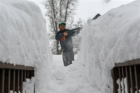 southern colorado county declares disaster   massive snow drifts high winds