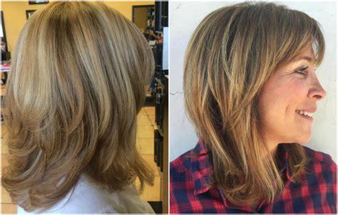 Modische Frisuren fu00fcr Frauen ab 50 und Haarfarben die ju00fcnger machen