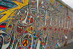Berlin wall art wwwpixsharkcom images galleries with for Berlin wall art