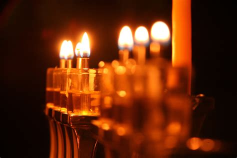 when do you light the menorah 2016 the curious hanukkah tradition of removing one candle a