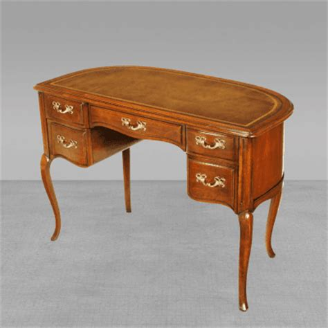 sligh lowry walnut desk sligh lowry furniture co sligh walnut curved front desk