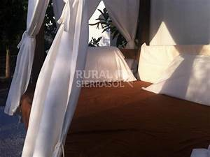 Casa rural Amplia Casa Rural en Montefrío, con piscina climatizada, barbacoa y chimenea, Casas