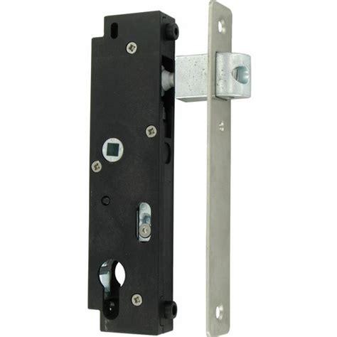 serrure de portillon exterieur serrure 224 poser en retrait pour portails et portillons battants gk tirard bricozor