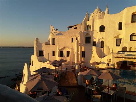 casa pueblo museu casapueblo homenagem ao p 244 r do sol em punta ballena