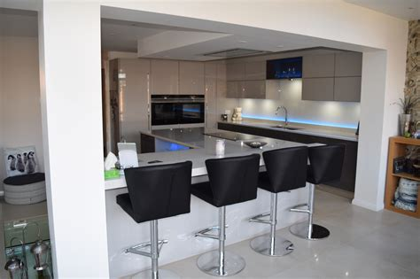designer fitted kitchens southton kitchen design fitted kitchens winchester 3218