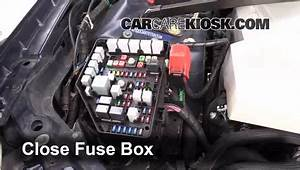 Replace A Fuse  2005-2011 Cadillac Sts