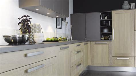 modele cuisine cuisinella davaus modele cuisine plan de travail avec des