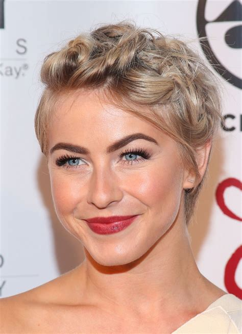 julianne hough shows  cute hairstyle option  short hair  weddings  prom glamour