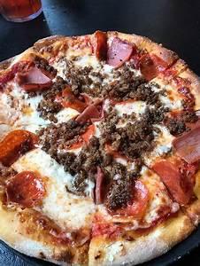 Big Daddy's Pizzeria, Gatlinburg - 714 River Rd - Menu ...