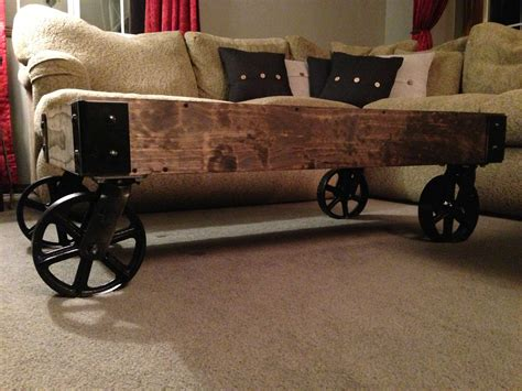 Rustic Coffee Table With Wheels   Decofurnish