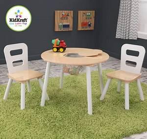 Runder Tisch Mit Stühlen : kidkraft runder tisch mit zwei st hlen kindertisch jetzt online kaufen ~ Eleganceandgraceweddings.com Haus und Dekorationen