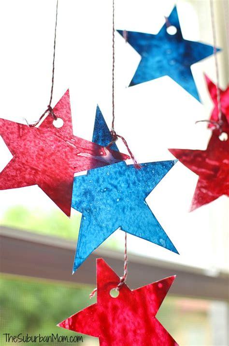 4th of july sun catchers craft thesuburbanmom 810 | Star Sun Catchers 4th of July Craft