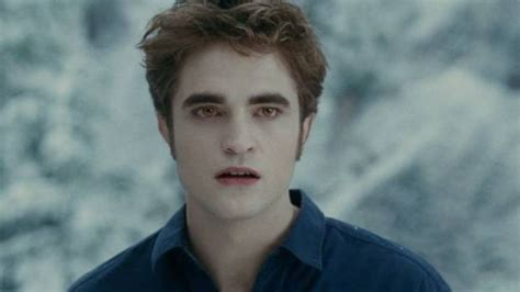 Robert Pattinson Is Ready to Play Edward Cullen Again