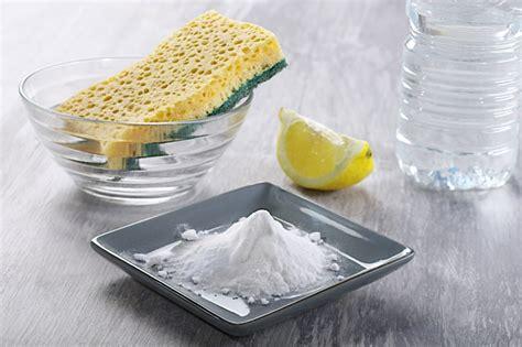 bicarbonate de soude canap conseils comment nettoyer un canapé en tissu et enlever
