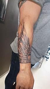 Tatouage Homme Petit : tatouage aile avant bras teuk ~ Carolinahurricanesstore.com Idées de Décoration