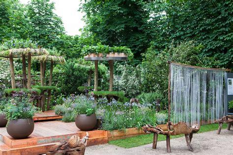 « Jardins, Jardin », La Ville, Nouveau Laboratoire De La