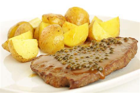 cuisiner un steak steak sauce poivre vert mémé hélène