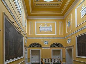 Apartment in a Robert Adam Country House - Traditional