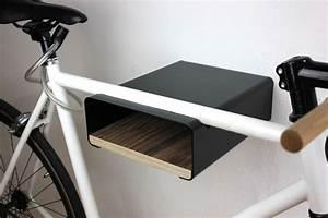 Fahrrad Wandhalterung Design : urban zweirad schwarze design fahrradwandhalterung mit individualisierungsm glichkeit shop ~ Frokenaadalensverden.com Haus und Dekorationen
