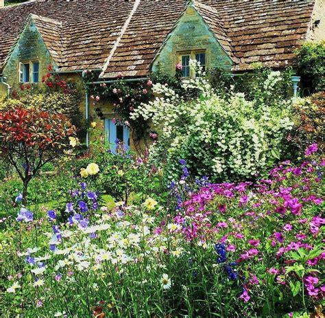 Cottage Garten Pflanzen by Different Garden Plants Gardens Cottage Garden