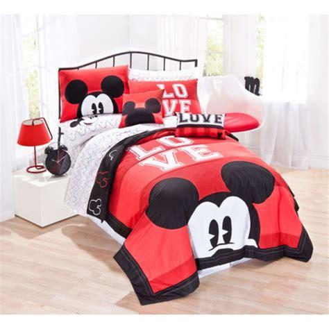deco chambre mickey la parure de lit mickey une joie pour vous et vos