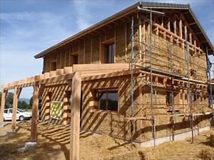 maisons bois bioclimatiques maison bbc quottraditionnelle With type d isolation maison 4 habitat performance construction maisons ossature bois
