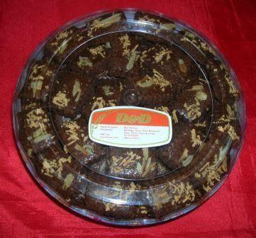 kue kering kue kering kenari coklat keju rp  kotak