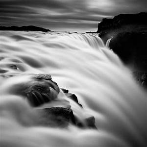 Showcase of Water Photography in Black and White - Hongkiat