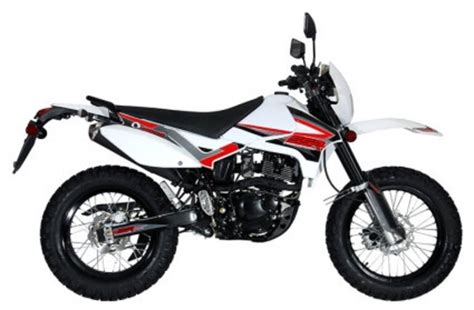 2012 Roketa 200cc Enduro Street Legal 4 Stroke Dirt Bike