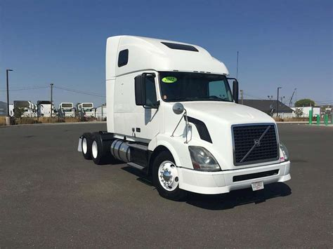 volvo big truck 2012 volvo vnl64t670 sleeper semi truck for sale 475 562